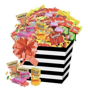 175-Piece Candy Basket with Fun Size Assortment